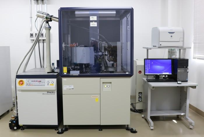 微小結晶構造解析装置の画像1
