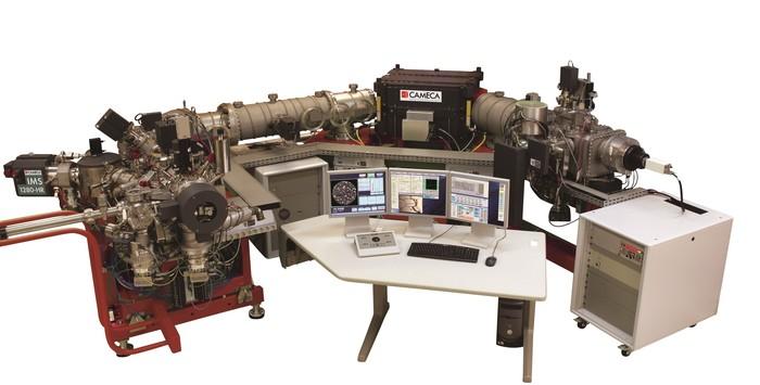 次世代同位体顕微鏡システムの画像1