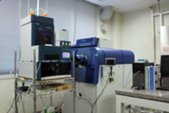 質量分析装置の画像1